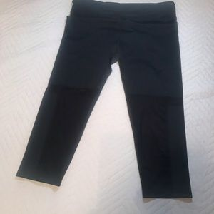 Cropped mesh leggings
